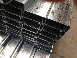 China Q235 Q345 het Gegalvaniseerde Staal Purlins van C en z-met 275g/m2-de Dikte van de Zinkdeklaag leverancier